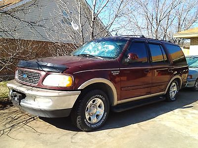 Ford : Expedition Truck
