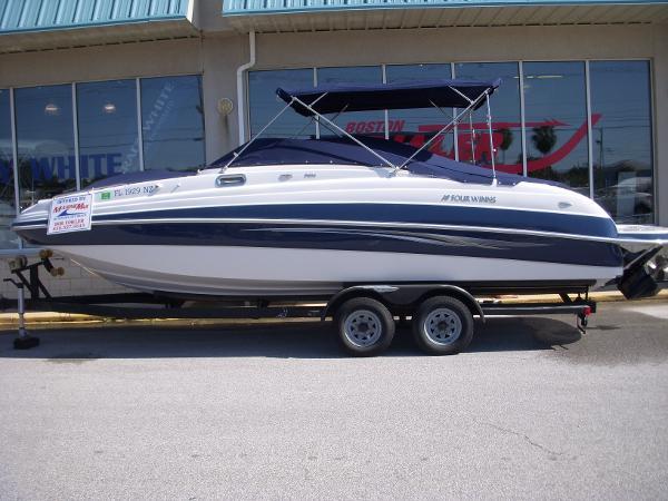 Four Winns 274 Funship Boats For Sale