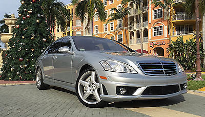 Mercedes-Benz : S-Class S65 AMG  2007 mercedes benz s 65 amg base sedan 4 door 6.0 l ventilated seats pano roof