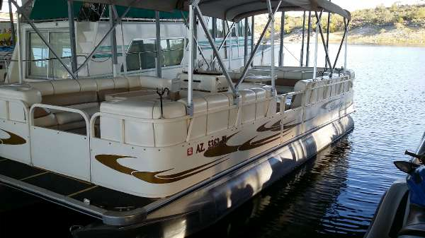 Bentley 240 Cruise Boats For Sale