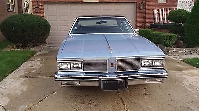 Oldsmobile : Eighty-Eight royale OLDSMOBILE DELTA 88 ROYALE, 1