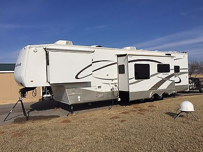 2005 Sunnybrook Fifth Wheel With Onan Generator
