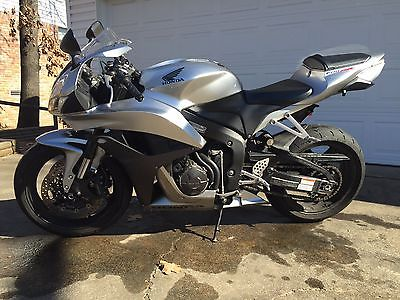 Honda : CBR 2008 honda cbr 600 rr great bike many mods accessories my loss your gain