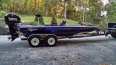 Blazer 202 Pro V Bass Boat