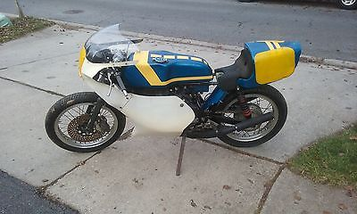 Yamaha : Other Yamaha RD350 TZ350 TZ250 TZ750 race bike