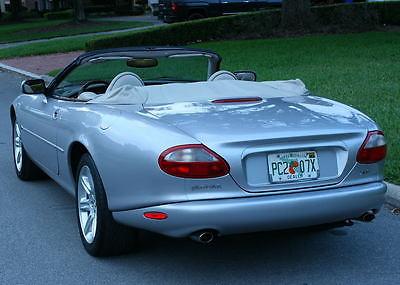 Jaguar : XK8 CONVERTIBLE - FLORIDA - IMMACULATE IMMACULATE DROPTOP ROCKETSHIP - 2000 Jaguar XK8 Convertible - 81K MI