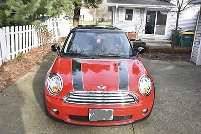 Mini : Cooper Base Hatchback 2-Door 2010 mini cooper hatchback low milage good condition