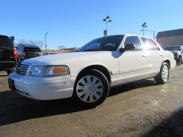Ex Police Car Auctions >> Ford Crown Victoria cars for sale in Illinois