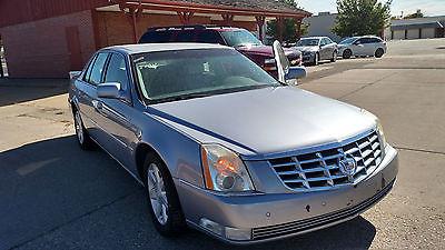 Cadillac : DTS Base Sedan 4-Door Great value priced Caddy!