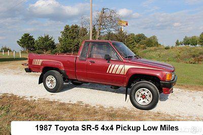Toyota: Pickup SR5 1987 toyota sr 5 pickup used 2.4 l 4 cyl manual 4 wd 4 x 4 22 re jasper