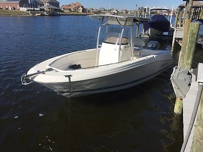 2006 Wellcraft 23 sport fishermen