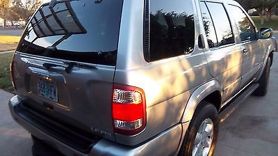 Nissan: Pathfinder PATHFINDER LUX EDITION 2001 nissan pathfinder 4 d sport utility le 240 hp 3.5 l v 6 engine power super deal