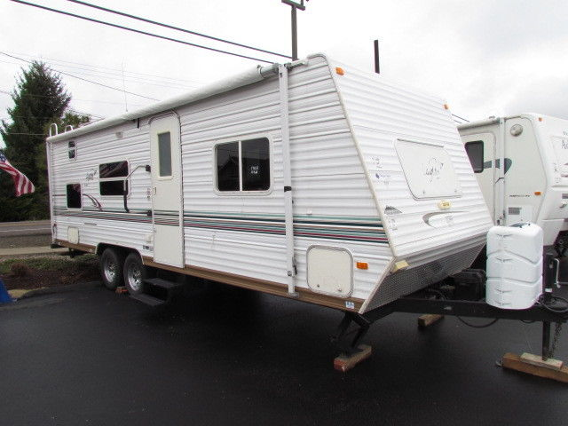 2003 27' LAYTON SCOUT SERIES TRAVEL TRAILER ON SALE NOW !!!