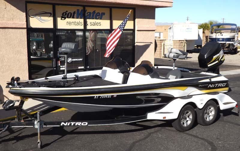 02 Tracker Marine Nitro 901 CDX Bass Boat 20'