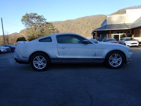2012 FORD MUSTANG 2 DOOR COUPE
