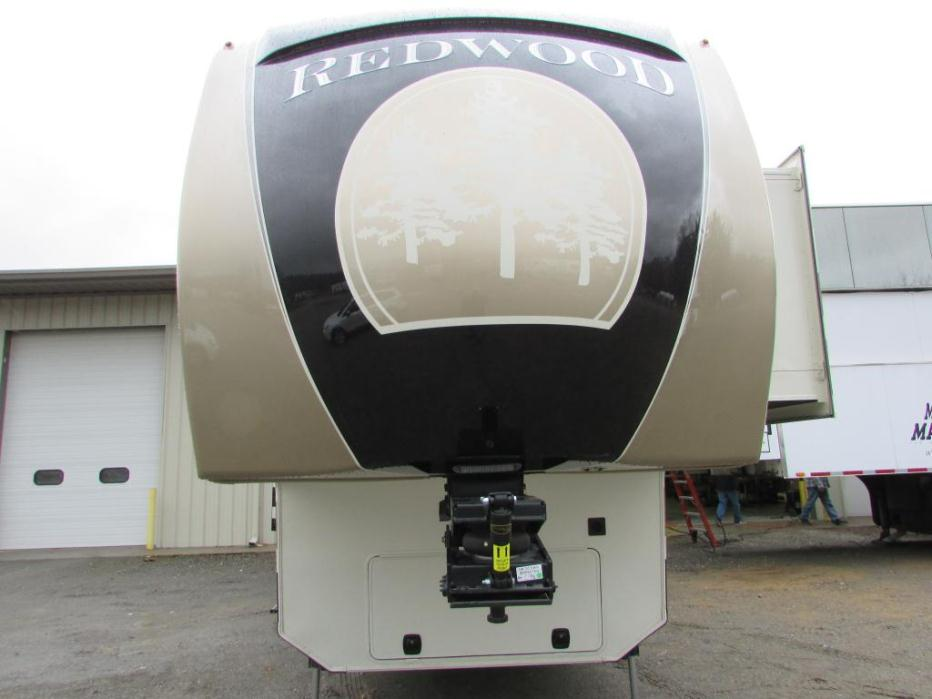 2015 Redwood Rv Redwood 40 RL