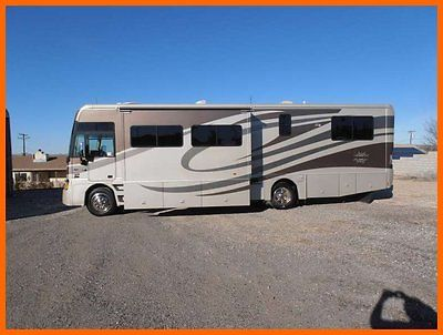 2007 Itasca Suncruiser 35' Class A V8 Gas 2 Slides Generator King Bed CALIFORNIA