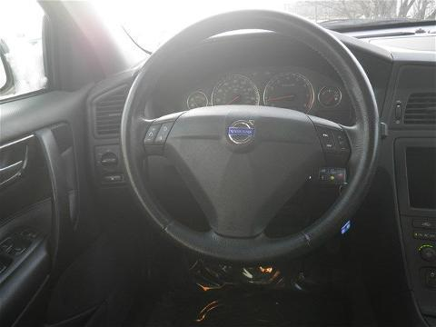 2004 VOLVO S60 4 DOOR SEDAN