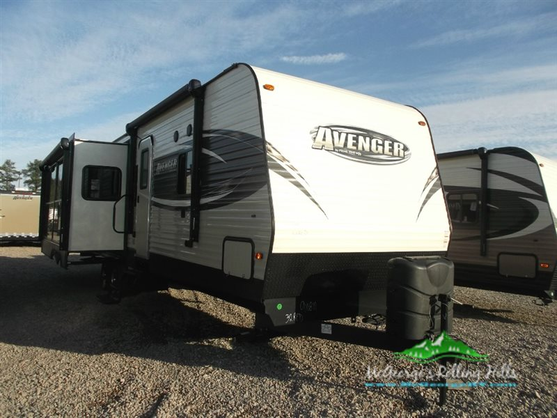 2016 Prime Time TRACER EXECUTIVE SERIES 3200BHT