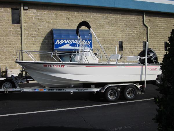 2011 Boston Whaler 19 Montauk