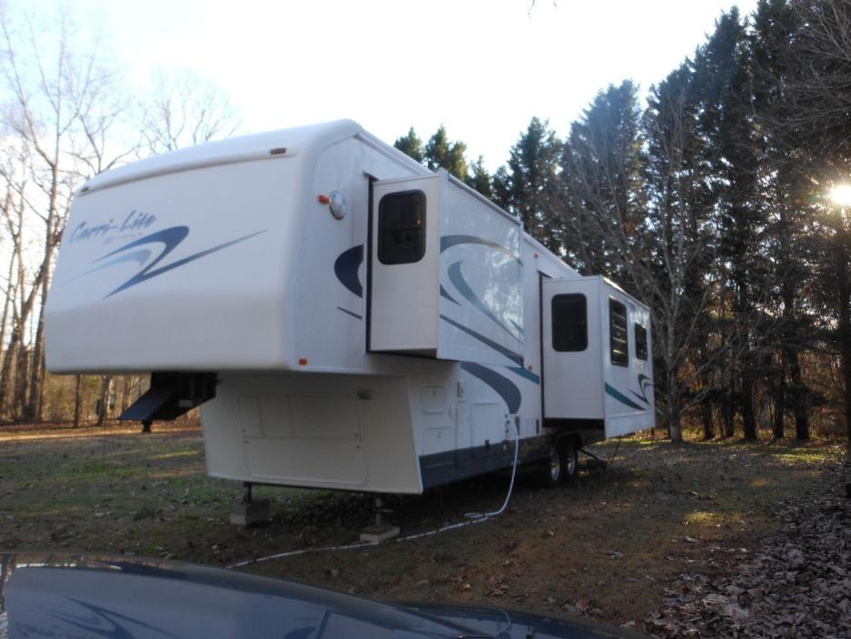 2001 Carriage Carri-Lite 36KS3