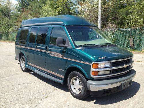 1998 Ford Econoline Conversion Van