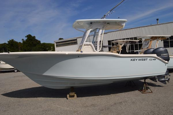 2015 Key West 244 CC