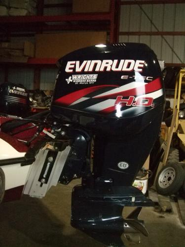 2010 Evinrude 250 HO Engine and Engine Accessories