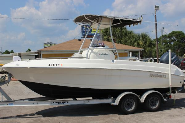 2006 Wellcraft 212 Fisherman
