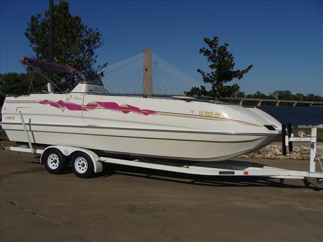 1994 Carvel Deck Boat 250