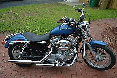 Harley-Davidson : Sportster 2005 blue harley davidson sportster xl 883 l xl 883 l low many extras low miles