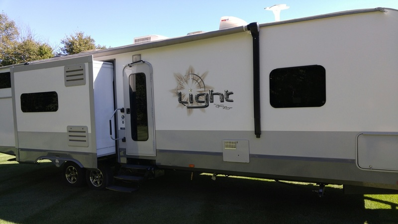2013 Open Range Rv The Light LT308BHS
