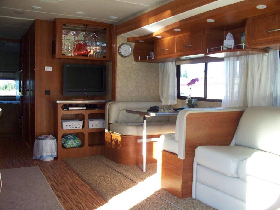 2009 Coachmen Mirada 350DS