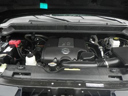 2010 NISSAN TITAN 4 DOOR CREW CAB SHORT BED TRUCK