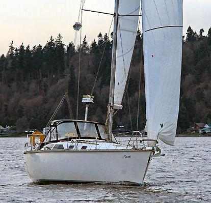35' Hunter Legend 35.5