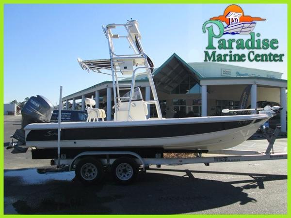 2005 Scout Boats 220 Bay Scout