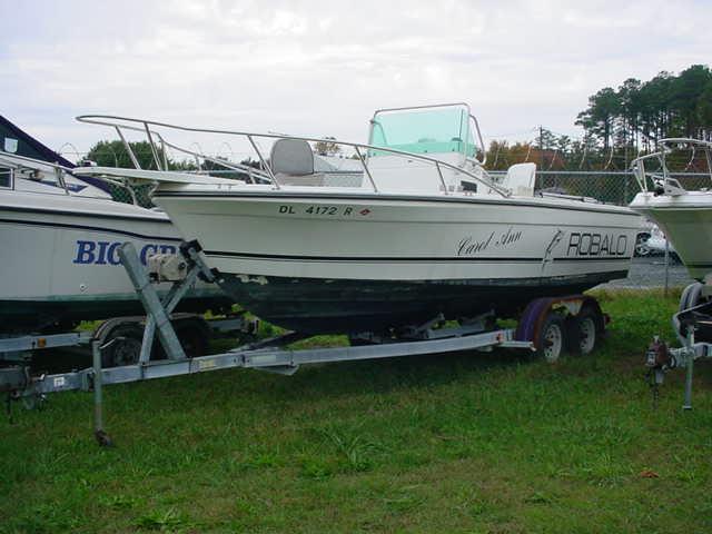 1993 Robalo CC 2120 CC