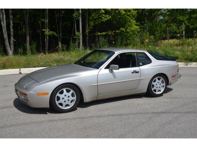 Porsche : 944 Turbo 1989 porsche 944 turbo zermatt silver records since new window sticker