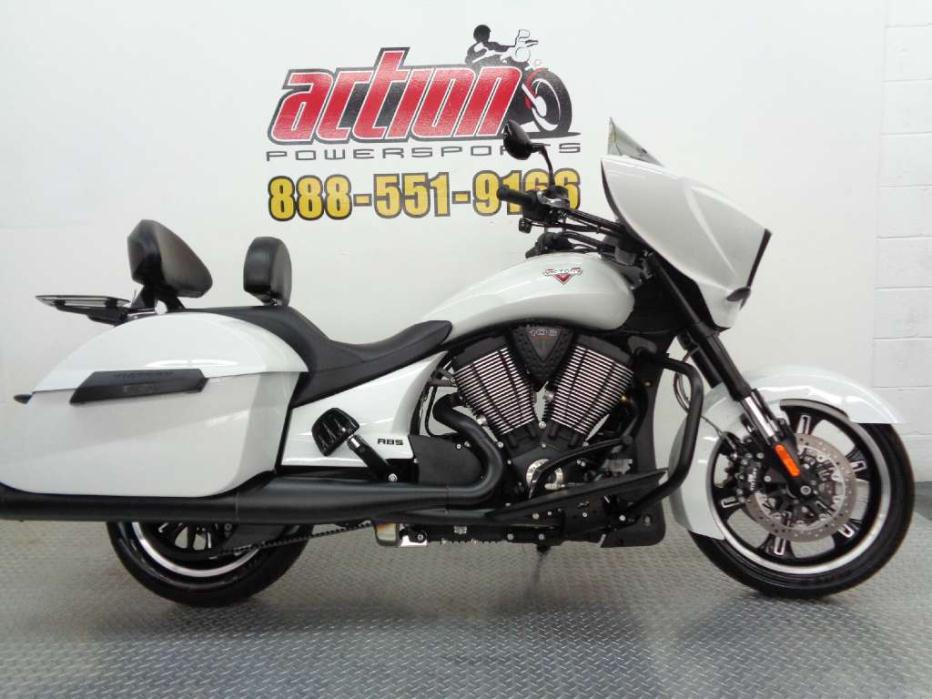 victory cross country white metallic motorcycles for sale in oklahoma. Black Bedroom Furniture Sets. Home Design Ideas