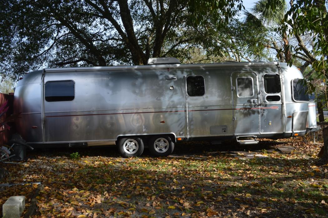 airstream classic 31 rvs for sale. Black Bedroom Furniture Sets. Home Design Ideas