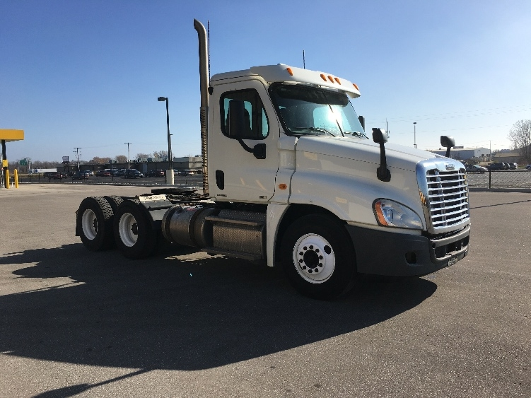 2011 Freightliner Ca12564dc - Cascadia