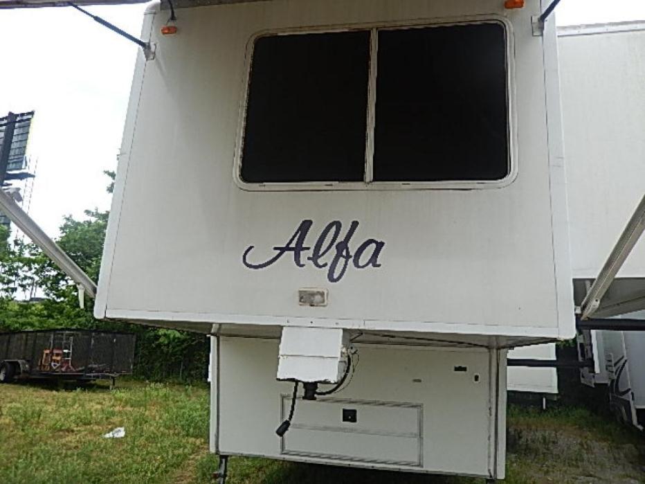 2005 Alfa Leisure See-Ya SYF35RL