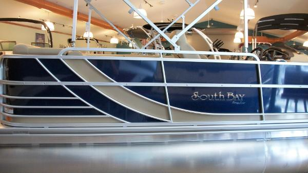 2015 South Bay Pontoons 722CR Deluxe