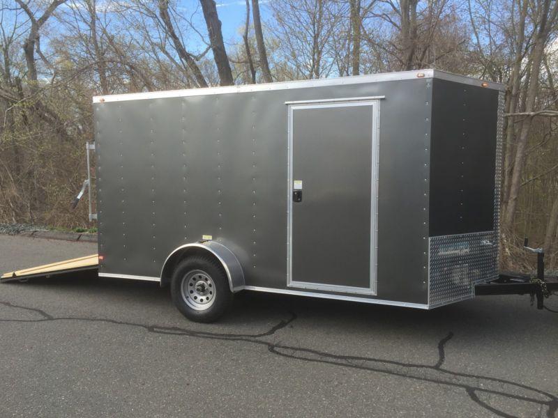 V nose 7x12 enclosed cargo trailer. Storage moving harley Roofing