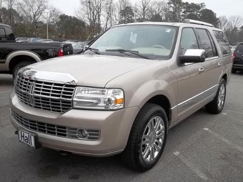 2008 Lincoln Navigator 4 Door SUV