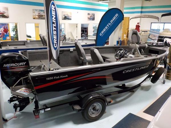 2015 Crestliner Fish Hawk 1650 SC