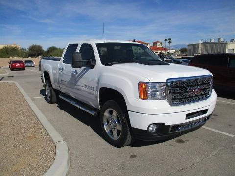 2014 GMC Sierra 2500HD 4 Door Crew Cab Short Bed Truck