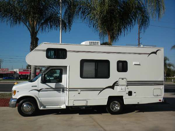1997 Shasta by Coachmen 201