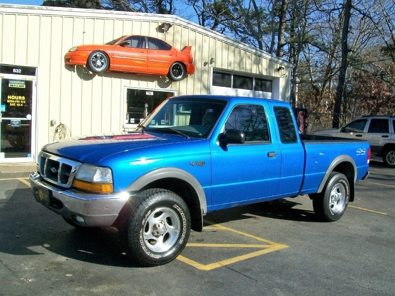 ***2000 Ford Ranger Supercab 4WD 90 Day Warranty