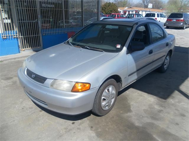 1998 Mazda Protege 4 Dr Automatic